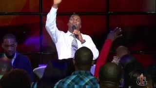 Tabernacle de Gloire - Service de Fin d`Annee 2014