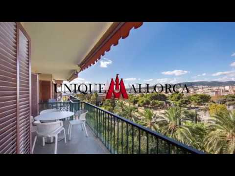 Fantastic sea and port view apartment in Palma center  Available for sale