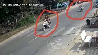 Chạy trốn CSGT 2 cô gái đi xe máy tông sập nhà dân, thương vong
