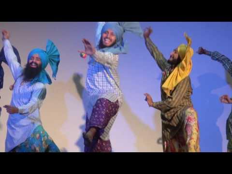 Jhoomer Bhangra||PEC university of Technology||Raunkaan 2017||Akhar n Vanjali vja by Amrinder Gill