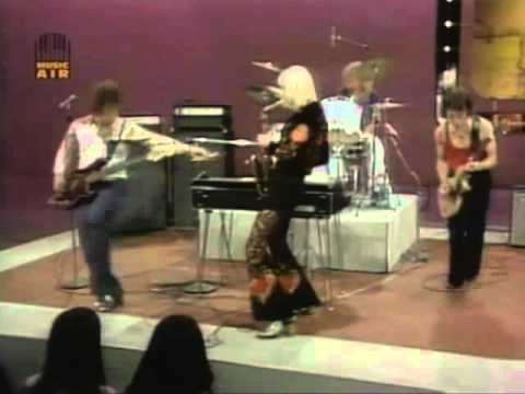 """Edgar Winter Group w/Ronnie Montrose """"Keep Playin' That Rock & Roll"""" LIVE 1972"""