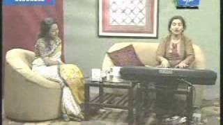 "Nipobithi Ghosh sings-""Chader Hasi Badh Bhengeychhey"""