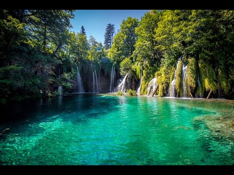 THE MOST INCREDIBLE LAKES EVER | Europe Daily Travel Vlog Day 24  (Plitvice National Park Croatia)
