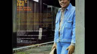"Tom T. Hall ""Come On Back To Nashville (Ode To The Outlaws)"""