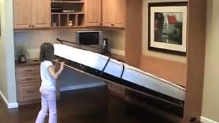 Ребенок складывает кровать-трансформер(, 2014-06-29T13:40:20.000Z)
