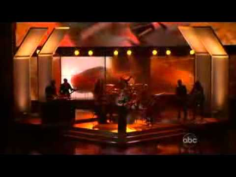 Kelly Clarkson Already Gone  at AMAAmerican Music Award 2009
