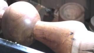 Lustrado natural de maderas por friccion en torno