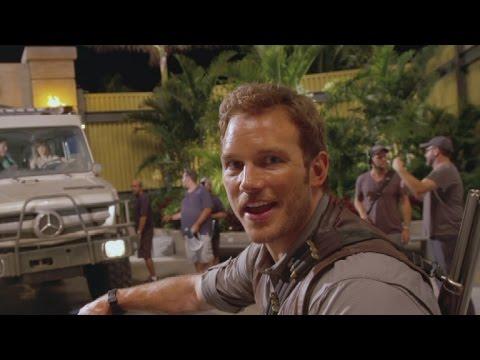 Watch Chris Pratt's Hilarious Behind-the-Scenes 'Jurassic World' Video Diary