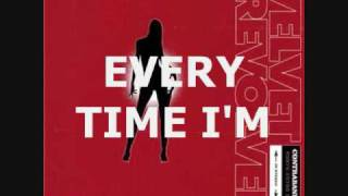 Velvet Revolver - Fall to Pieces w/ lyrics