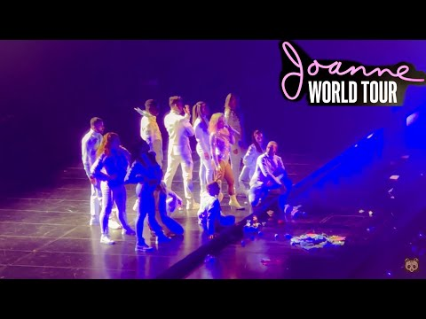 Lady Gaga singing 'So Happy I Could Die' and 'Mary Jane Holland' // JOANNE WORLD TOUR