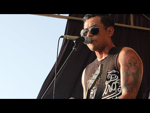 BOBBY KOOL (SID) - GOODBYE WHISKEY (ACOUSTIC LIVE OFFICIAL ROCK THE BEACH JEPARA #3)