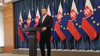 Pellegrini sa zastal Šefčoviča, zaútočil na Kisku
