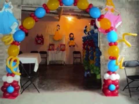 Decoraci n con globos para presentaci n tema - Decoracion para salones de casa ...
