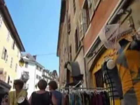 annecy ville tourism tourisme vieille haute savoie FRANCE FRANCIA COURIER STREET RUES