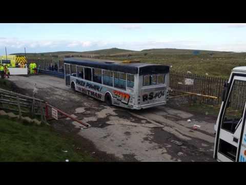 Bus racing at Buxton raceway 17th April 2017