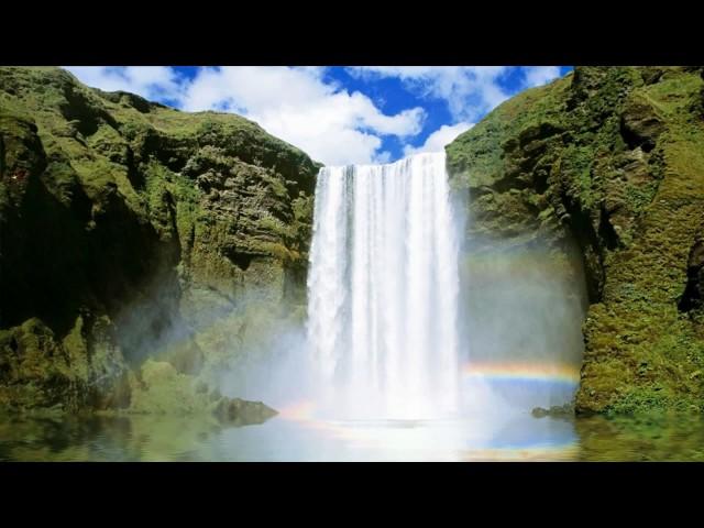 Изображение предпросмотра прочтения – СветланаБорисова читает произведение «Водопад и Ручей» И.А.Крылова