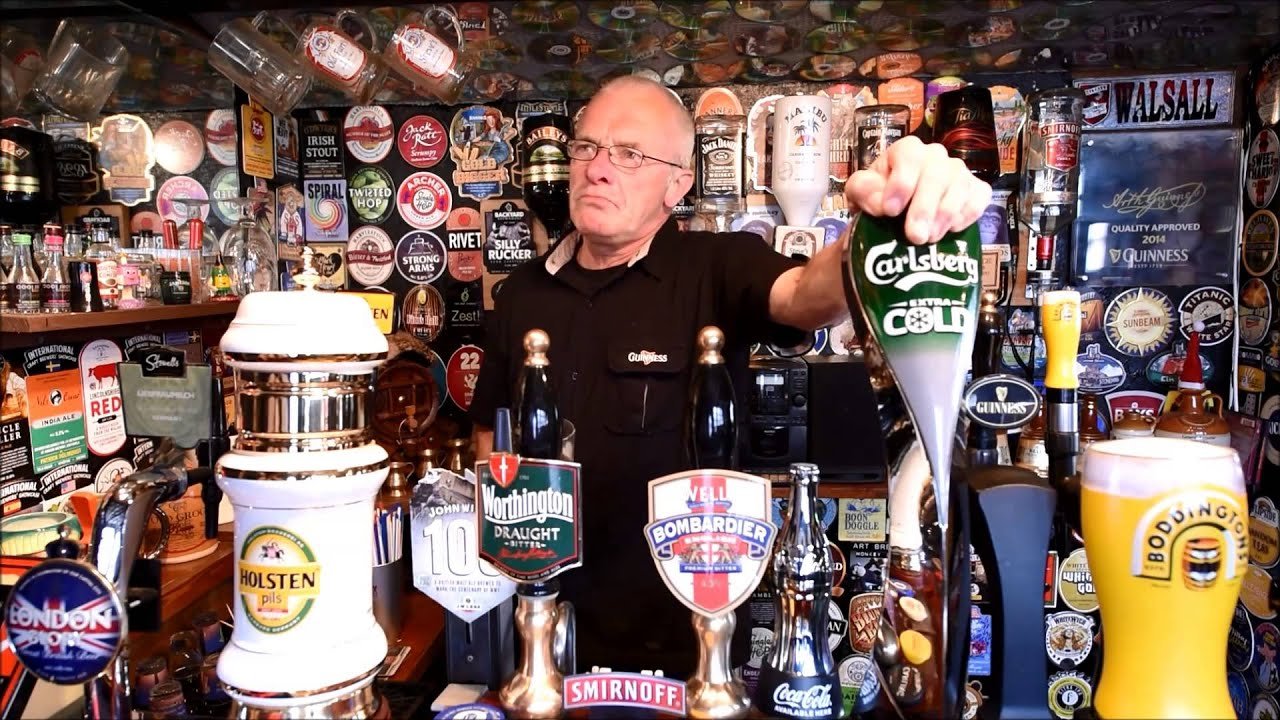 Man Cave Cannock : Steve worrallo's pub shed in cannock youtube