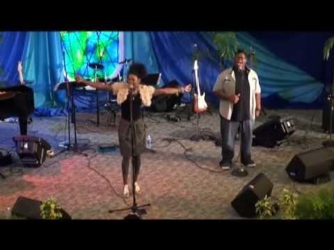 Nicole Mullen Visits Cayman Islands Baptist Church