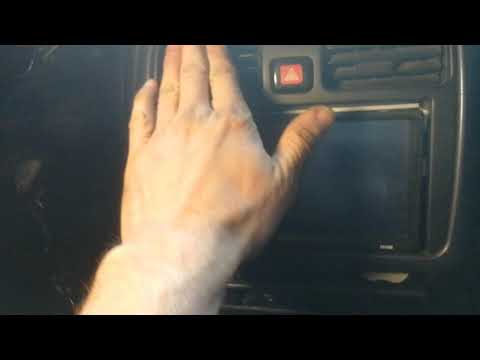 Как установить 2 диновый магнитофон на мицубиси каризму