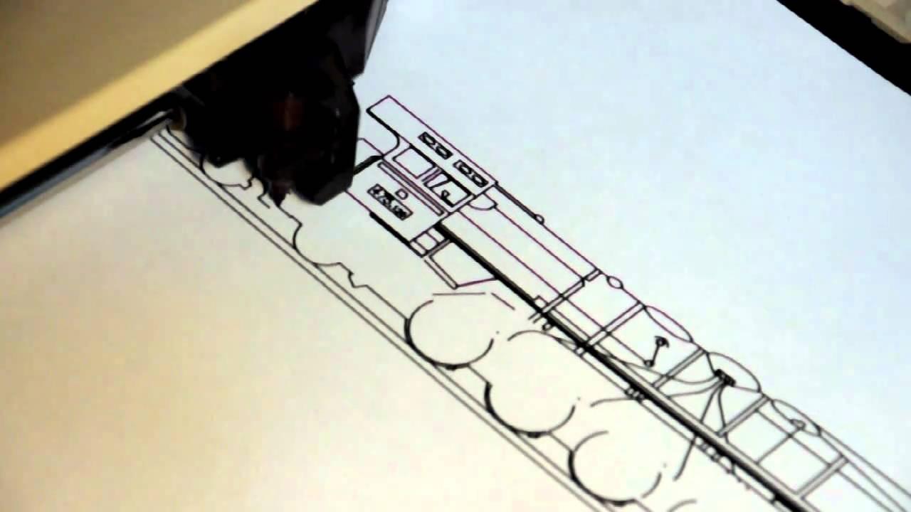 HP 7475A pen plotter drawing a Czech 475 1 series locomotive
