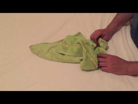 Pratik, az yer kaplayan havlu katlama yöntemi
