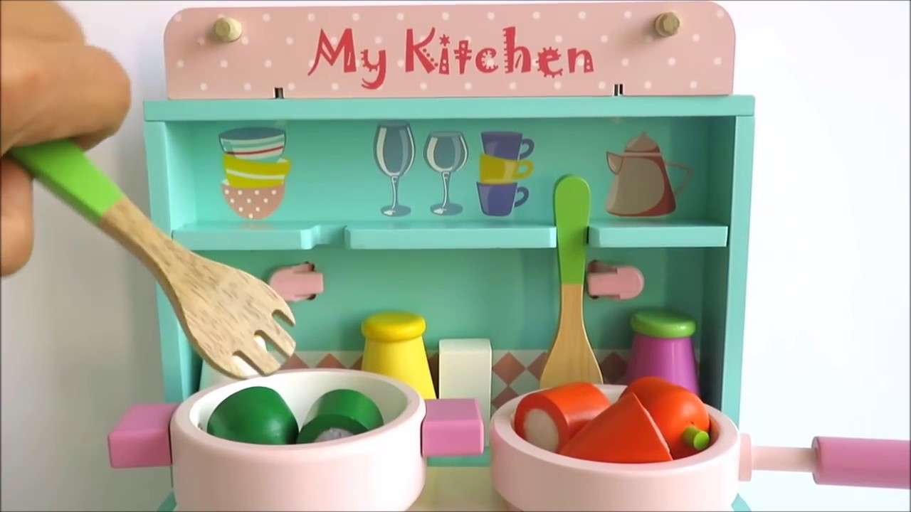 wooden toy kitchen 2x3 rug cooking velcro cutting vegetables baking chocolate strawberry wood cake