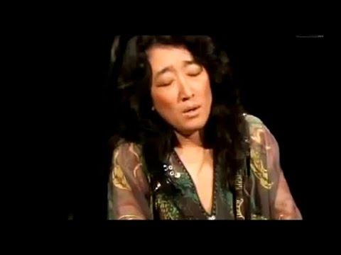 MITSUKO UCHIDA ~ Mozart Piano Sonata K.576 in D major