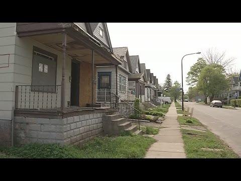 Buffalo Homesteaders Buy House For $1