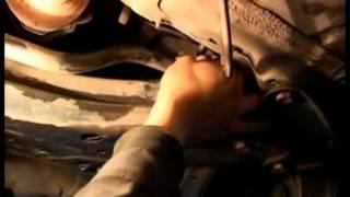 173 меняем рулевую втулку на тойоте короле стучит(, 2011-08-21T17:57:14.000Z)