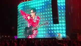 Weezer Coachella Weekend 1 2019 - Africa (Toto Cover) Video