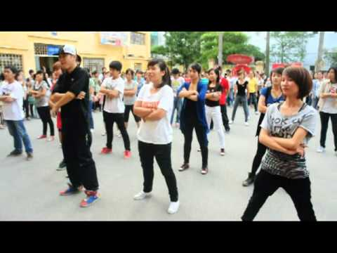 Hanoi Jam Flash Mob in HLU