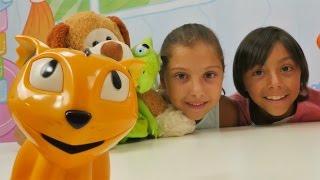 Türkçe izle - Polen ve Emir yeni oyuncak buluyorlar. Bulmaca oyunu. Eğitici çocuk oyunları/videoları