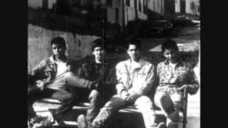 Ocho Bolas - En las calles