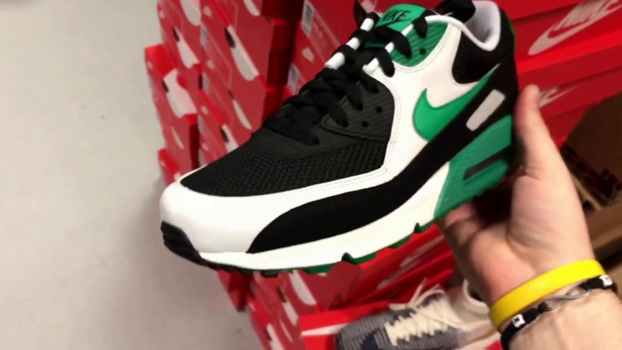 72e662e77f8e Nike Airmax