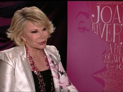 Fans Pay Tribute to Comedy Pioneer Joan Rivers