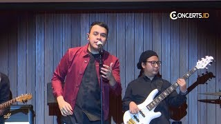 Tulus - Baru [ Intimate Night With Tulus ]  Live in Concert #concerts.id 2018