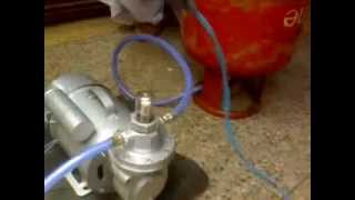 LPG Pump / Propane Pump / GLP Bomba / LPG Magpahitit / αντλία υγραερίου / LPG насоса - 220V AC(This is a 220V AC LPG Pump which is used for Transferring LPG / Propane from Domestic / Commercial Cylinder / Tank to Car's LPG / Propane Tank / Cylinder., 2008-09-17T19:11:30.000Z)