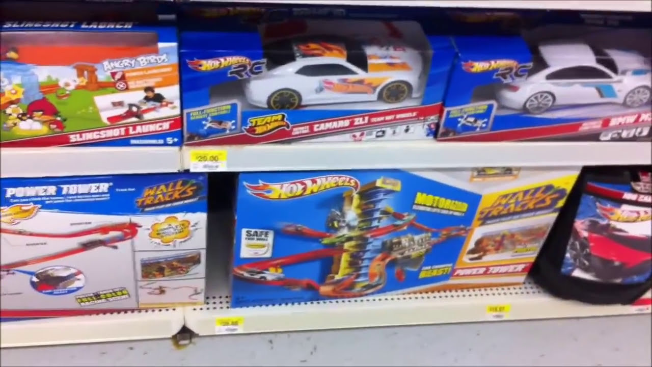New 2013 Hot Wheels Playsets At Walmart In 2012 Youtube
