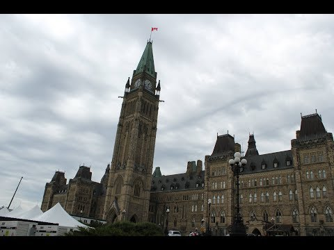 Ottawa ontario/ War memorial/ parliament hill/ canadian mint/