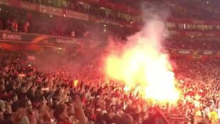Arsenal London - 1. FC Köln: Impressive Fan Invasion of 20.000 Cologne Soccer Fans in London