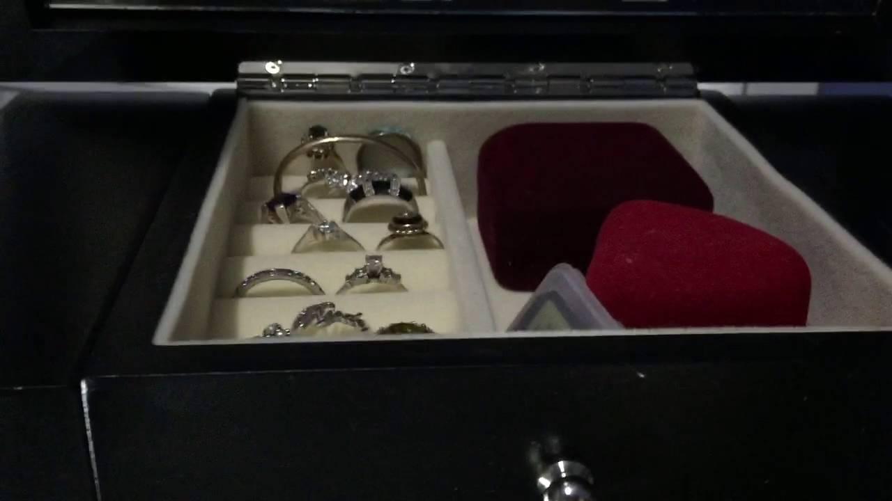 Songmics Black Wooden Jewelry Box