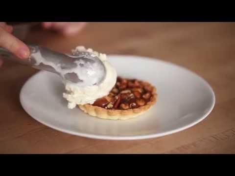 Salty Caramel & Rosemary Bar Nuts Tarts - Freestylin' the #jenisbook