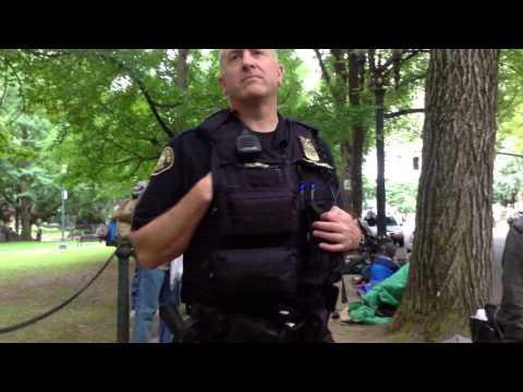 Stupid Cop Intimidation Fail