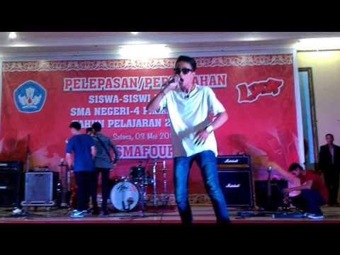 Live O AJA YA KAN di SMA 4 Palangakaraya - WiDe X DanKez X Mardi