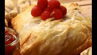 Food  Cook  Cooking  Tasty - Gooey Baked Brie In Phyllo Dough