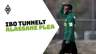 Ibo Traoré tunnelt Alassane Plea