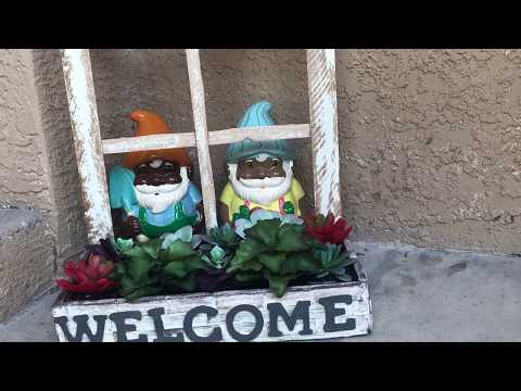 DollarTree DIY l Window Frame Planter l 100% Wooden l Crafts l Rustic porch decor