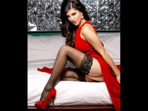 Sunny Leone Hot And Nude Pics