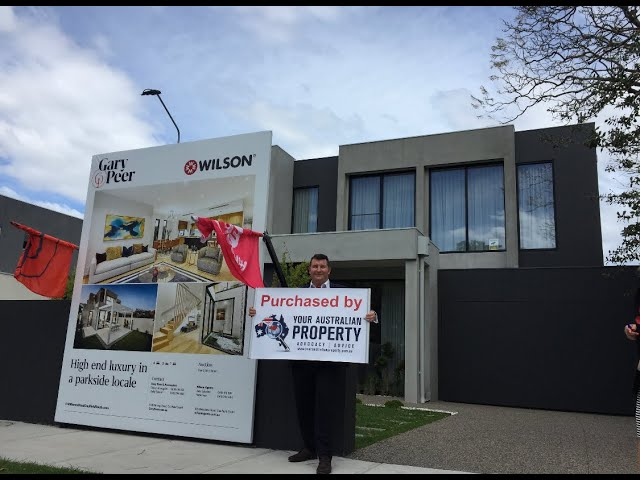 Professional Auction Bidding | Caulfield South | Your Australian Property