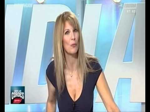 Julie raynaud cleavage with her amazing big breast in fort boyard tv show - 3 1
